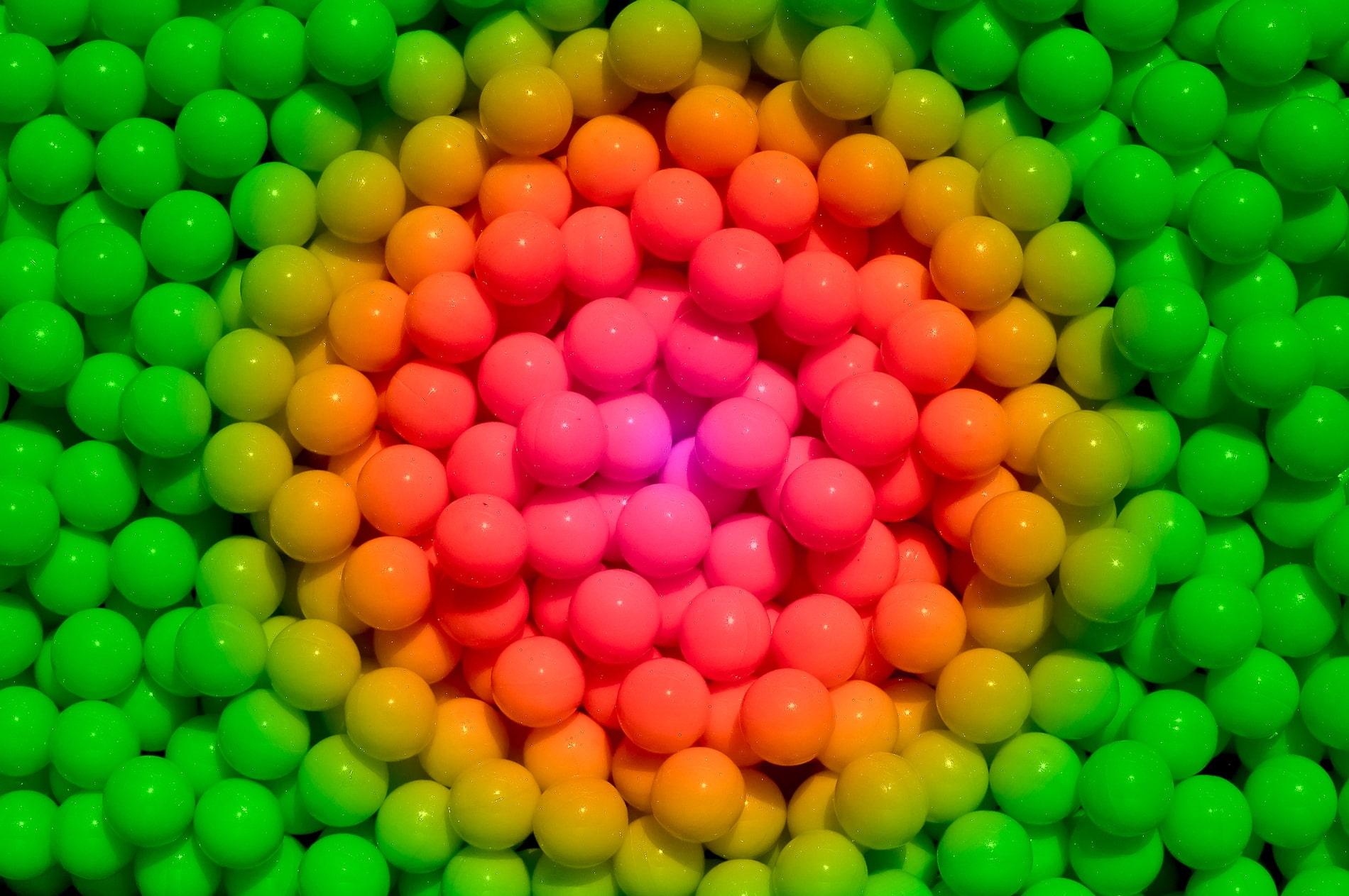 aus was sind paintballkugeln